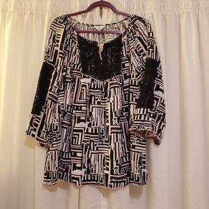 Crown and Ivy 1x blouse